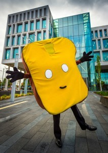 Mr-Toast-05-212x300